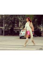 camel Massimo Dutti coat - bubble gum Zara skirt