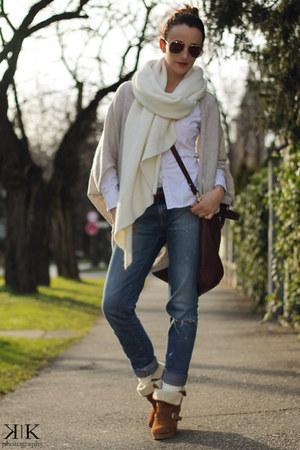 blue Zara jeans - white Tommy Hilfiger shirt - cream Zara scarf