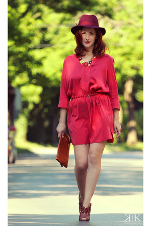 ruby red Zara dress - brick red Manolo Blahnik sandals