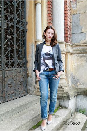Stradivarius shirt - silver Stradivarius shoes - blue Zara jeans