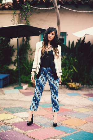blue Chicos pants - white Zara jacket - black Marshalls top