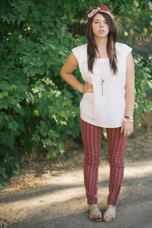 Gap shirt - scarf - striped Forever 21 pants