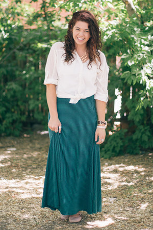 striped maxi skirt - white Franchesca blouse - Schuh flats