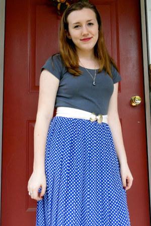 blue polka dots vintage skirt - charcoal gray eco-cotton H&M shirt