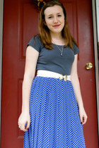 blue polka dots vintage skirt - charcoal gray eco-cotton H&M shirt