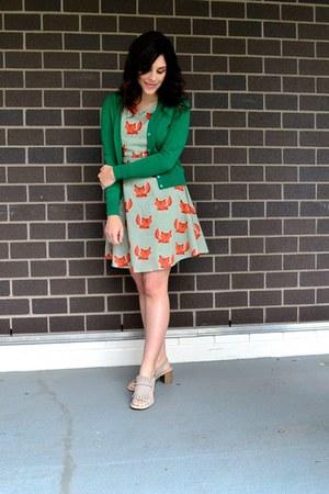 carrot orange SM Wardrobe dress - green JCrew cardigan