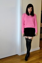 black Chelsea Crew boots - bubble gum H&M sweater - black tights