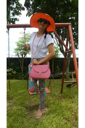 bubble gum candy bag - sky blue floral jeans - carrot orange hat