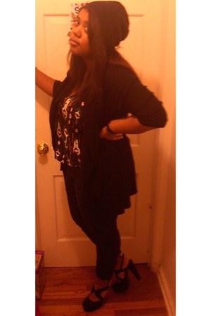 black BDG jeans - black beanie Uniqlo hat - black drapey IMAN cardigan - ikat pr