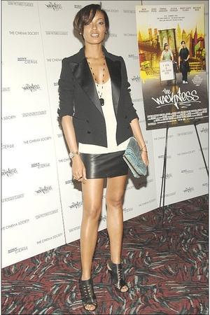 black blazer - white t-shirt - black skirt - black shoes - blue accessories