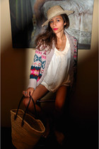 pink Top Shop top - beige Kookai cardigan - blue Zara shorts - beige Marrakech h