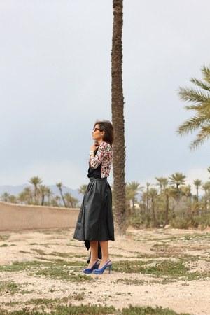 blue b&h shoes - hot pink Zara shirt - black H&M skirt