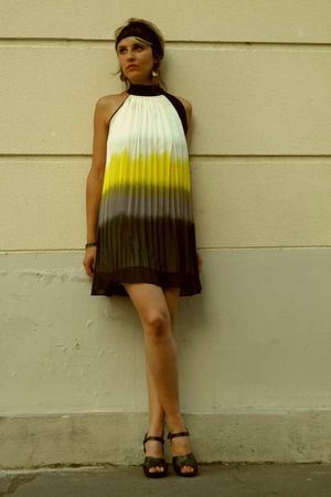 gold dress - ANDRE shorts