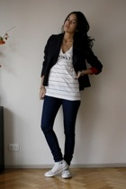 Urban Outfitters t-shirt - BDG jeans - Converse shoes