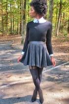 charcoal gray Nordstrom skirt - black Forever 21 sweater