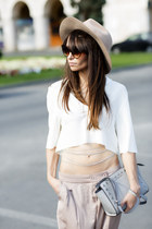 cream cotton crop Zara top - camel H&M hat - periwinkle leather Michael Kors bag