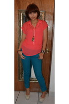 blue jeans - red delias top