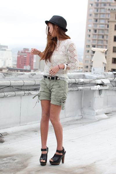 white lace top - green hollister shorts - black Zara shoes