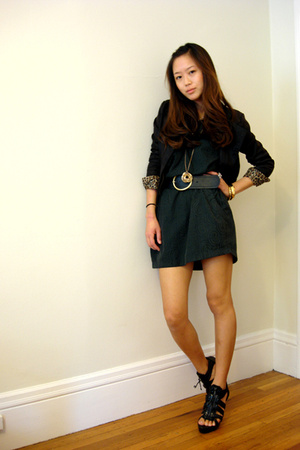vintage jacket - forever 21 dress - Bebe shoes - H&amp;M necklace - H&amp;M belt
