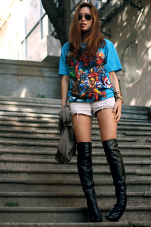 blue shirt - white shorts - black boots