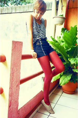 blue thrifted shirt - gold gift accessories - blue Zara shorts - red thrift tigh