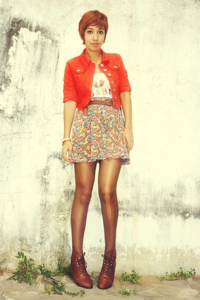 dark brown 3 thrifted boots - red short Pull & Bear jacket - dark brown thrifted