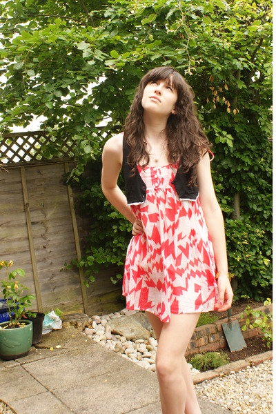 Topshop dress - Topshop - Urban Outfitters necklace