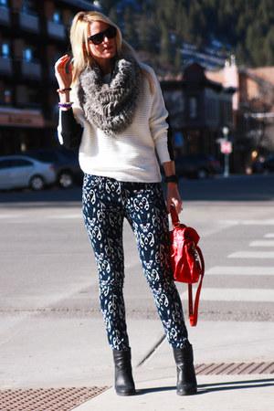 Helmut Lang scarf - MM6 Maison Martin Margiela boots - rag & bone jeans