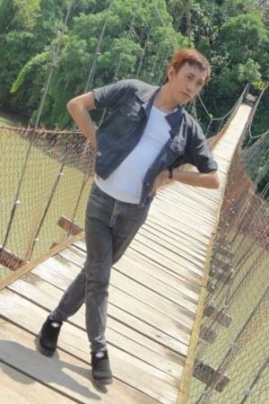 black heels tranco-han shoes - black denim jacket wranco jean jacket