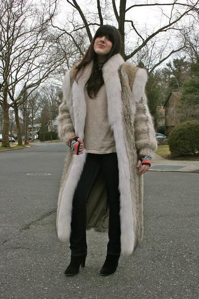 black booties sam edelman boots - cream H&M sweater
