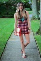 gold anklet JewelMint accessories - red clutch H&M bag - red Zara shorts