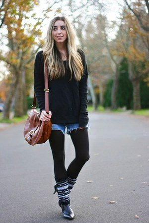 black opaque HUE leggings - heather gray boot wraps hugrz boots