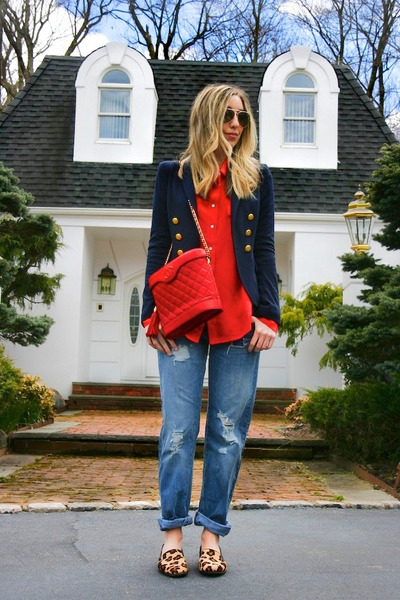 red vintage Chanel bag - sky blue boyfriend asos jeans - navy H&M blazer