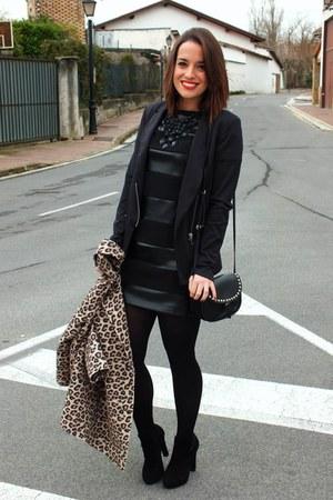 leopard print Stradivarius coat