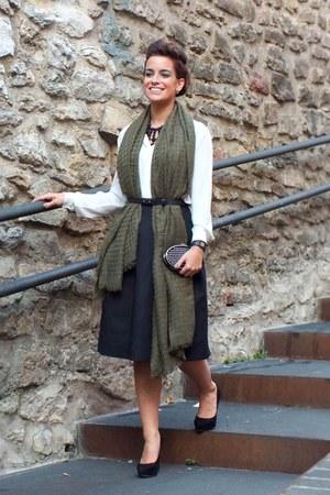 army green Stradivarius scarf - black H&M skirt - white Mango blouse