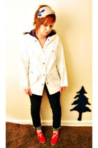white Jordachevintage coat - headband accessories
