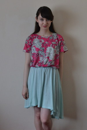 aquamarine dress as skirt H&M dress - hot pink new look shirt