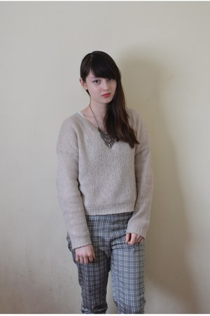 heather gray Uniqlo pants - off white H&amp;M sweater