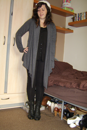 River Island hat - Revolver sweater - H&M top - H&M leggings - Peacocks boots