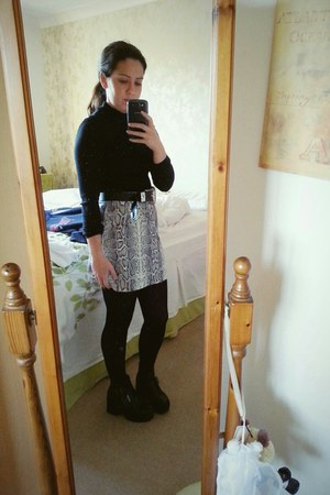 TFNC skirt - new look tights - H&M belt - new look top