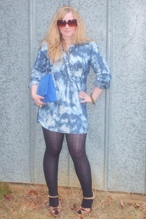 blue New York & Company dress - blue thrifted purse - gold Betsey Johnson shoes