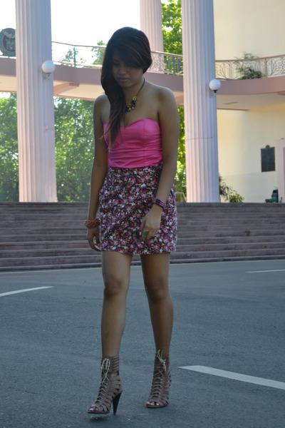 bubble gum bustier DV top - hot pink landmark skirt
