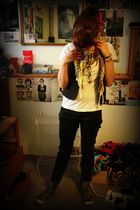 Anchor Blue vest - Wetseal t-shirt - Urban Outfitters jeans - Rocket Dog shoes -