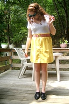 shoes - t-shirt - skirt - belt