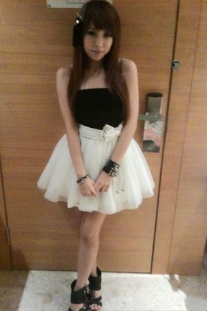 black top - white skirt - black shoes - black accessories