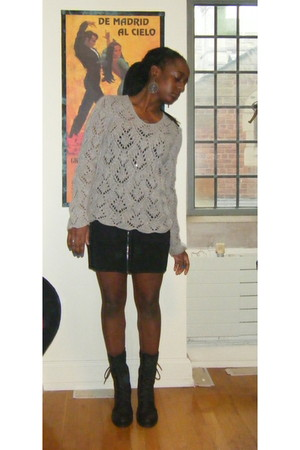 heather gray sweater - black Forever 21 dress - black GoJane boots