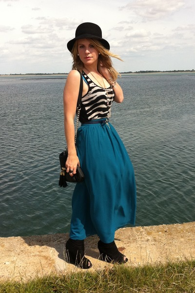 teal Primark skirt - Forever21 vest