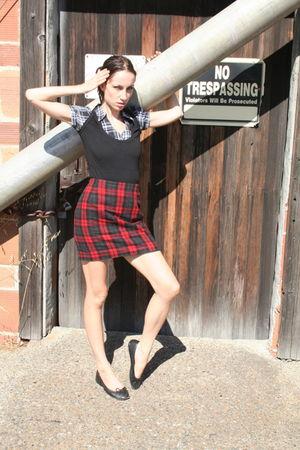 red thrift town skirt