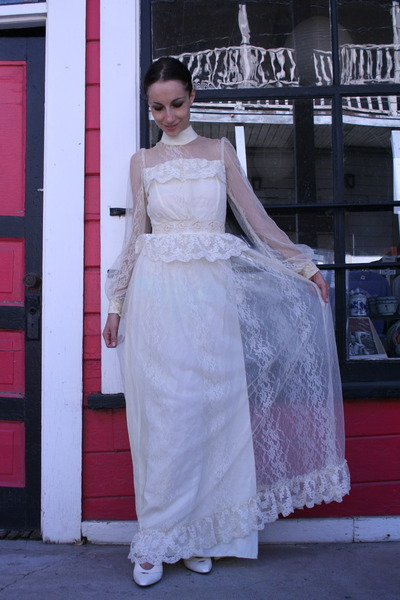 white Gunne Sax dress