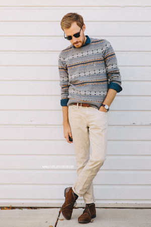 fair isle American Eagle sweater